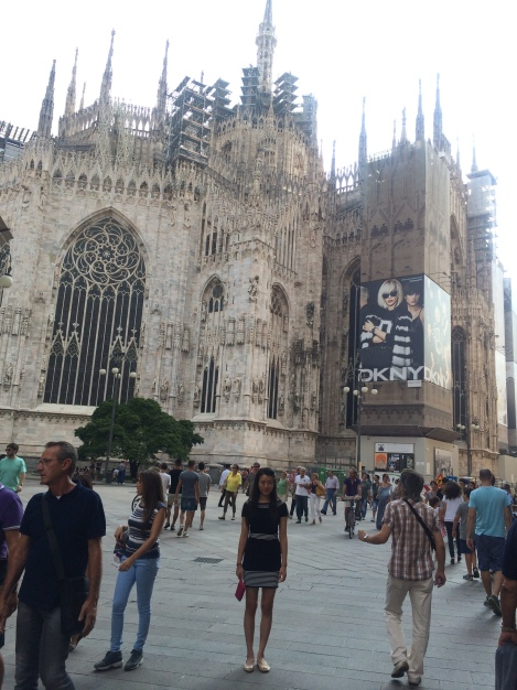 Visiting the breathtaking Duomo of Milan